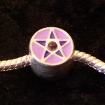 /376-697-thickbox/perle-charmies-pentagramme-violet-rose-en-metal-emaille.jpg